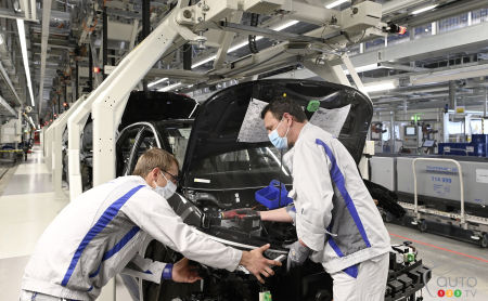 Vehicle production at a Volkswagen plant in Germany