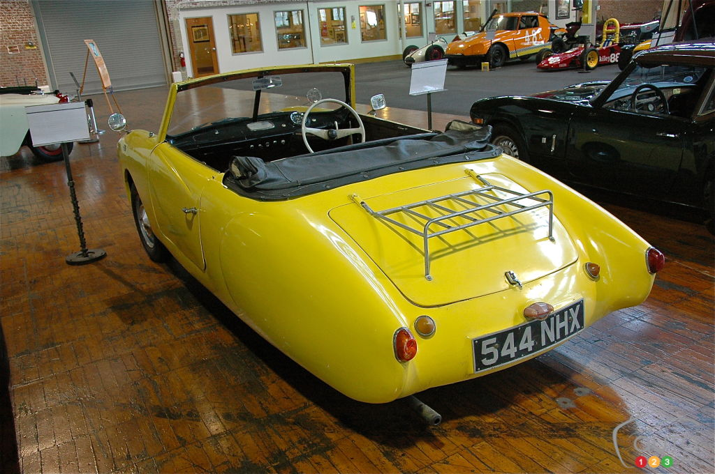 Coronet 1958, arrière
