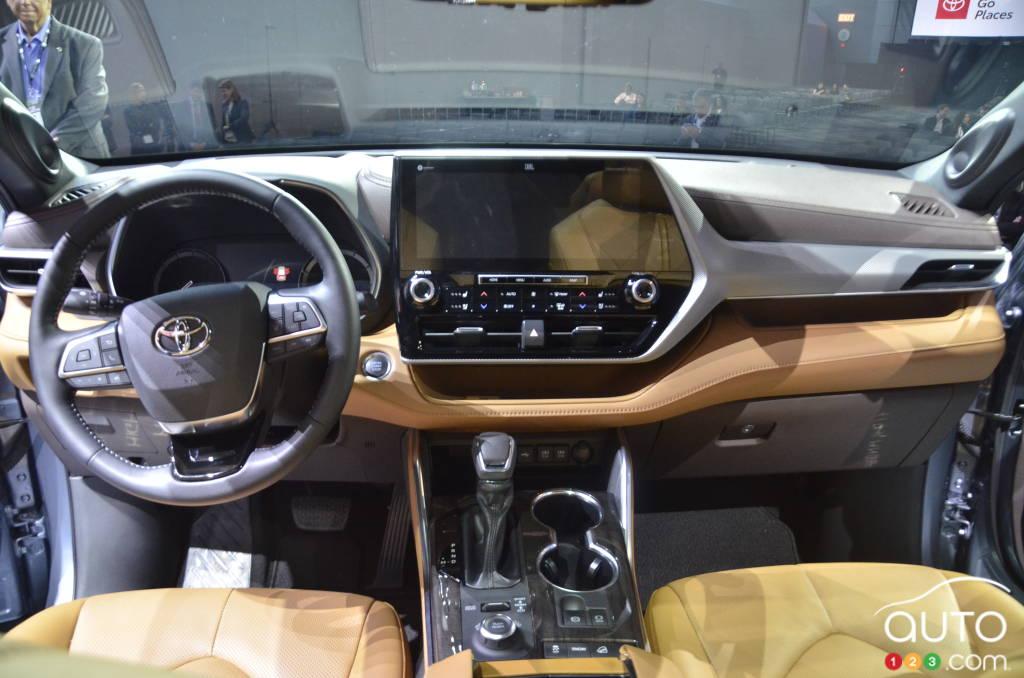 Toyota Highlander 2020, intérieur