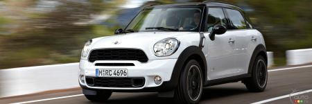 2012 mini cooper s countryman all4 car news auto123. Black Bedroom Furniture Sets. Home Design Ideas