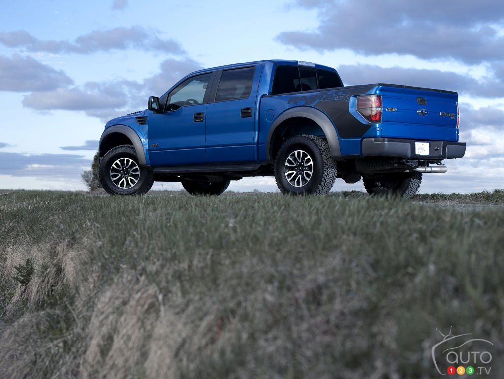 2012 ford f 150 svt raptor supercrew car reviews auto123
