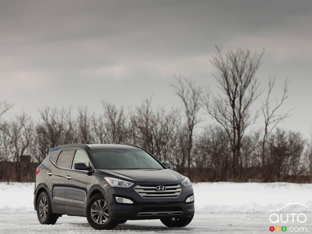 2013 Hyundai Santa Fe 24l Premium Awd Review Editors Car System Reviews Auto123