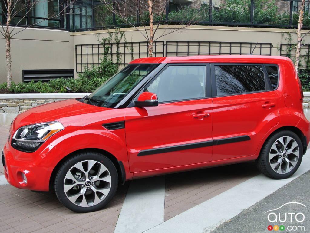 2013 Kia Soul 4u Luxury Car Reviews Auto123 Motors Recalls