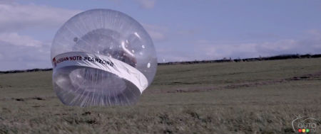 Nissan Versa Note goes inside the world's biggest Zorb (video)