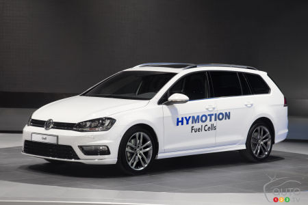 Los Angeles 2014: World premiere of VW Golf SportWagen HyMotion