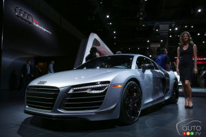 Los Angeles 2014: 2015 Audi R8 Competition pictures