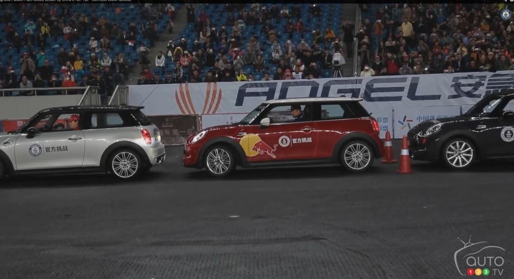 MINI Cooper S sets tightest parallel-park record (video)