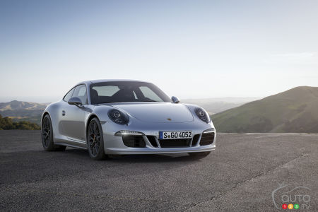 2015 Porsche 911 Carrera Preview