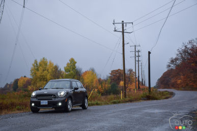 2015 MINI Cooper S Countryman ALL4 Review