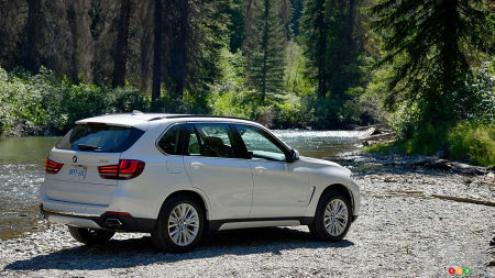 bmw x5 reviews from industry experts auto123. Black Bedroom Furniture Sets. Home Design Ideas
