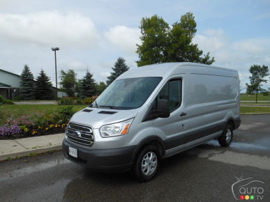 2015 Ford Transit Full-Size Review