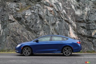 2015 Chrysler 200 S Review