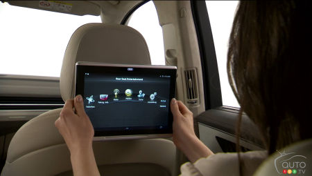 2015 CES: Audi introduces tablets as rear-seat monitors