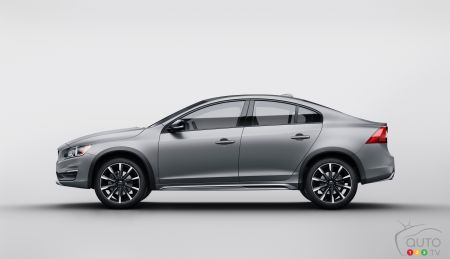 Detroit 2015 : Volvo dévoilera sa S60 Cross Country
