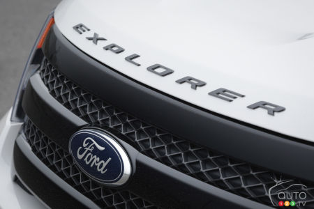 Ford surpasses expectations, yet profit falls 56%