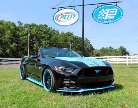 SEMA 2015 : Voici la Ford Mustang King GT de 727 chevaux, par Richard Petty
