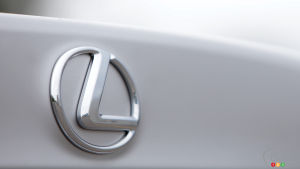 Lexus and Toyota top Consumer Reports' 2015 Auto Reliability Survey