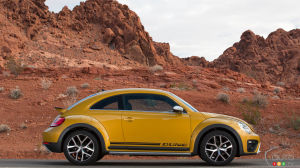 Los Angeles 2015: Volkswagen introduces 2016 Beetle Dune