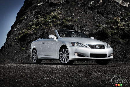 Lexus IS C 2015 : aperçu