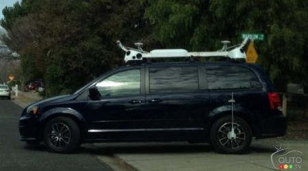 Apple : des minifourgonnettes autonomes ou une copie de Street View?