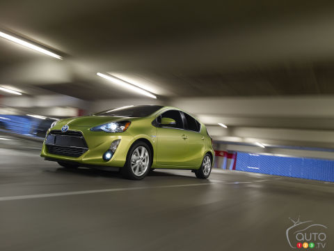 2015 Toyota Prius c Preview