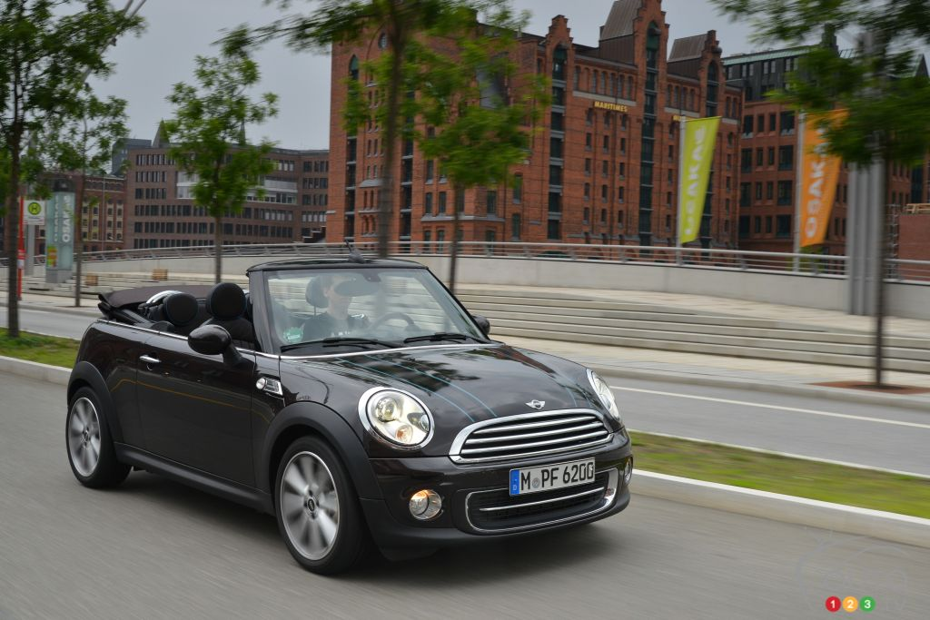 2015 MINI Cooper Cabriolet Preview