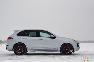 2016 Porsche Cayenne GTS and Turbo S First Impression