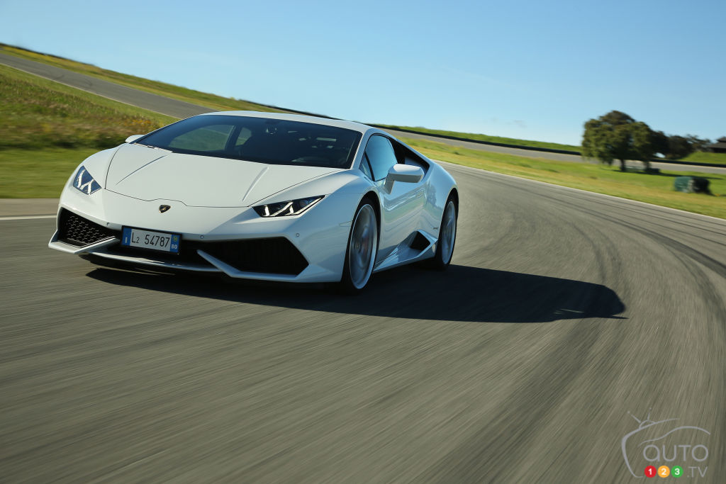 Lamborghini to fit the Huracan with RWD