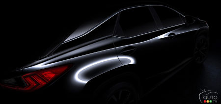 2015 New York Auto Show: All-new Lexus RX awaits CUV fans