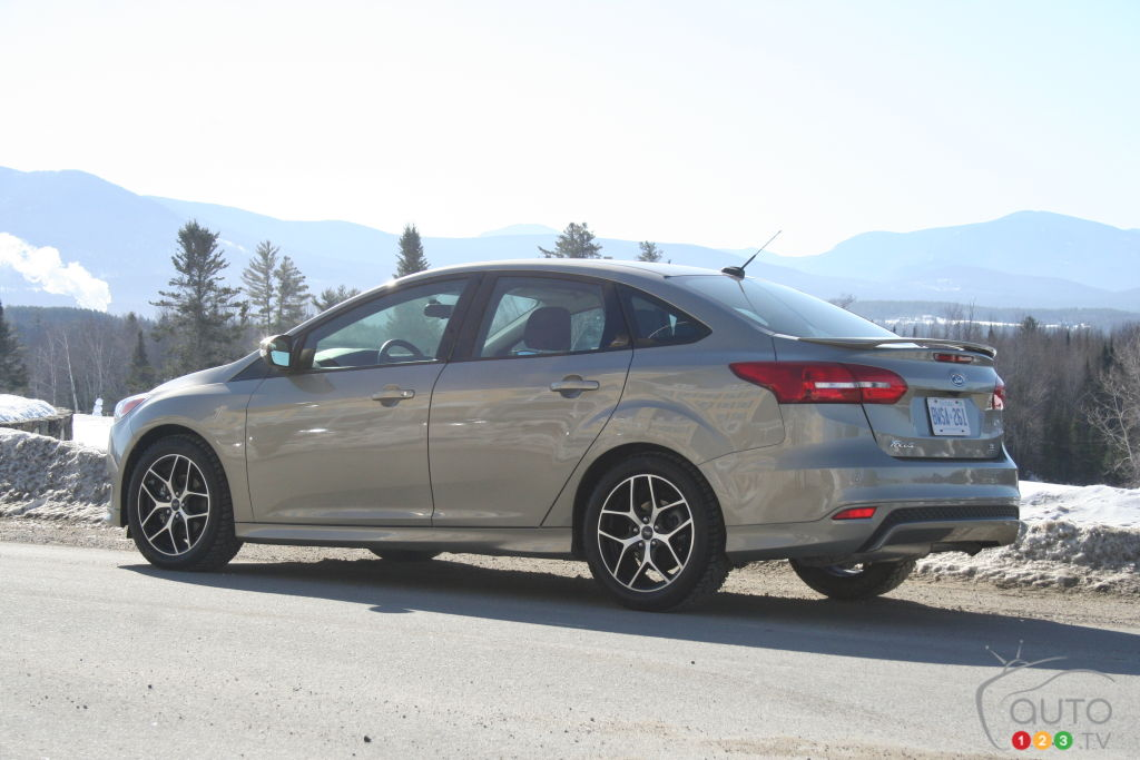 2015 Ford Focus SE Review
