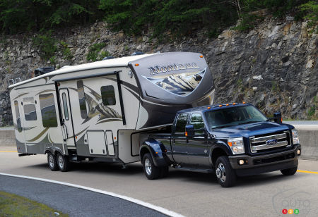 2015 Ford F-350 Preview
