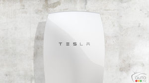 Tesla Powerwall sells out until mid-2016