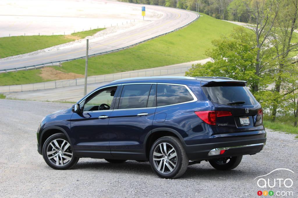 Articles On Pilot Car News Auto123