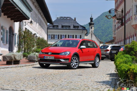 2017 Volkswagen Golf Sportwagon Alltrack First Impression