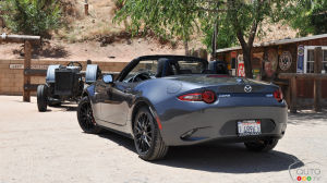 More love for the 2016 Mazda MX-5
