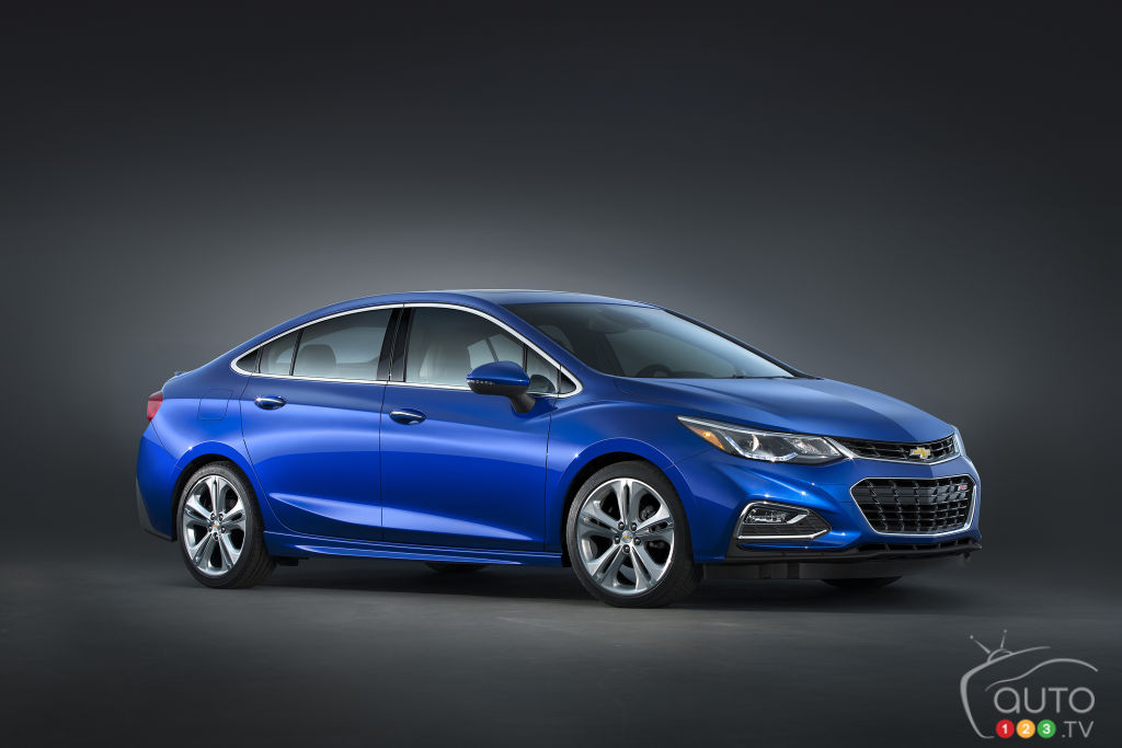 Second-generation 2016 Chevrolet Cruze is revealed!