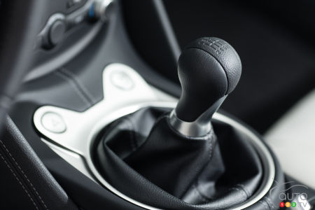Manual transmissions in M cars will fade away, BMW boss predicts