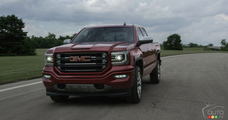 Newly updated 2016 GMC Sierra will please technology and LED fans