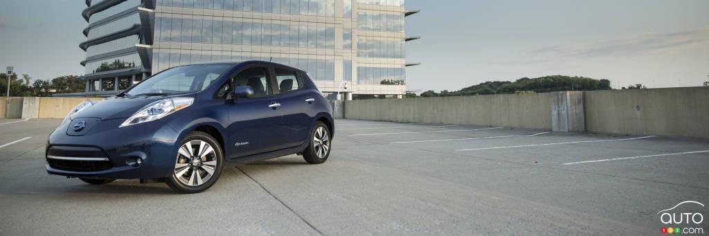 la nissan leaf 2016 offre une autonomie de 172 km actualit s automobile auto123. Black Bedroom Furniture Sets. Home Design Ideas