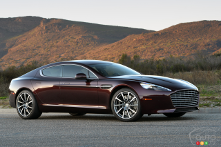 Track Time In The 2015 Aston Martin Rapide S Car Reviews Auto123