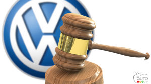 Volkswagen to hire former FBI director to get out of emissions scandal