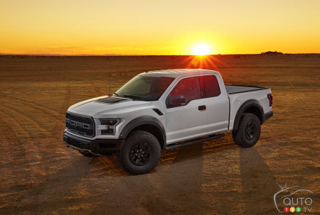 2017 Ford F-150 Raptor specs announced (video)