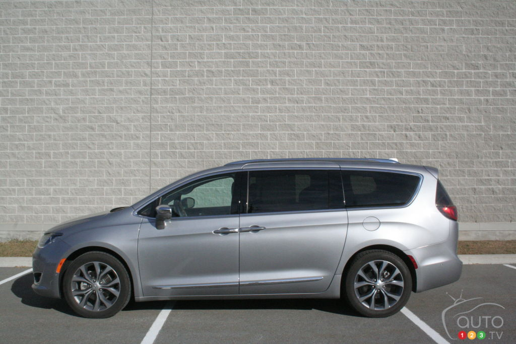 Chrysler Pacifica Limited 2017 : essai routier