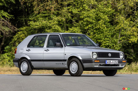 Volkswagen Golf soon to be updated; countdown begins
