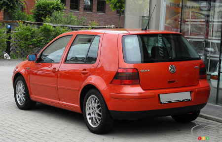 Volkswagen Golf soon to be updated; countdown continues with Part 4