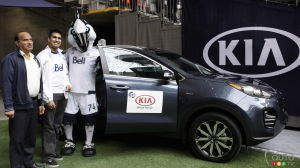 Toronto and Vancouver Soccer Players Deliver Two 2017 Kia Sportage SUVs