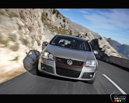 Volkswagen Golf soon to be updated; countdown continues with Part 5