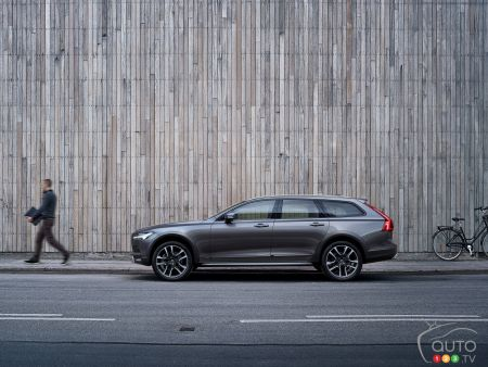Volvo V90, V90 Cross Country pricing announced for Canada