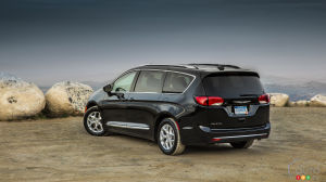 La Chrysler Pacifica Named Best Minivan… Once More!