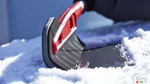 The Garant Snow Brush: A (Scratch-Free) Cut Above of the Competition!